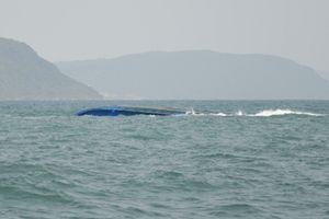 Thuyền viên sống sót trong sà lan lật úp kể lại 2 ngày mắc kẹt ở biển