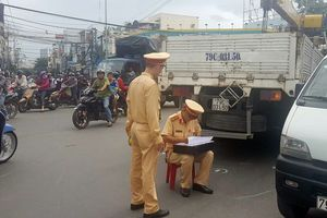 Khánh Hòa: Va chạm với xe tải cẩu điện lưới, một người đàn ông tử vong tại chỗ