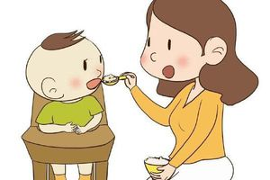 Những lời khuyên giúp cha mẹ cho trẻ ăn dặm tốt nhất