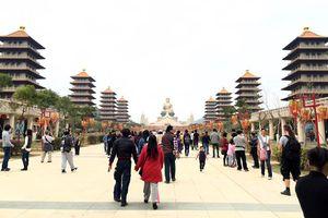 Sau vụ việc khách du lịch Việt Nam 'ở lại' Đài Loan: Quản lý chặt chẽ, tăng cường truyền thông