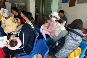 Quảng Ngãi khan hiếm vaccine 6 trong 1