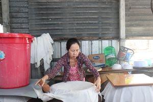 Những ngày cận Tết ở làng nghề nước mắm Nam Ô