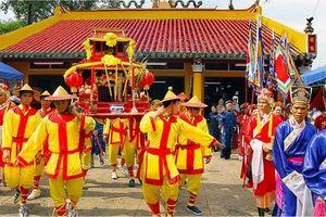 Hà Nội công bố đường dây nóng tiếp nhận, xử lý thông tin về lễ hội