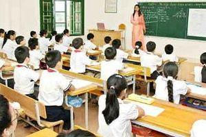 Thầy Bùi Nam giải thích rõ chế độ nghỉ hàng năm của thầy cô
