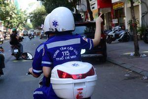 Cấp cứu cơ động bằng... xe máy