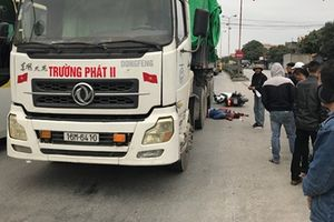 Đôi nam nữ đi xe máy tử vong sau va chạm với xe container