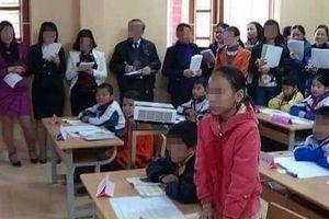 Thầy giáo từng thi giáo viên giỏi: 'Chuẩn bị công phu chỉ để diễn đón khách'