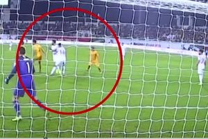 Xem quả penalty 'ma' tại Asian Cup 2019