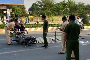 Va chạm với container trên đường đi sắm Tết, bốn người trong một gia đình thương vong