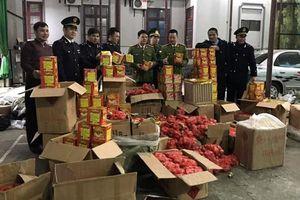 Lạng Sơn: Bắt giữ gần 1 tấn pháo nổ