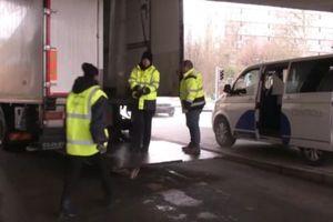 Cách kiểm tra xe tải của cảnh sát Bỉ
