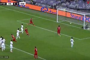 Việt Nam 1-0 Yemen: Quang Hải tung cú đá phạt hiểm hóc, thủ môn Yemen bó tay
