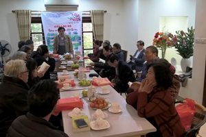 Câu lạc bộ sáng tác văn học Hồ Gươm gặp mặt cuối năm, ra mắt sách Hồ Gươm –Tập 4