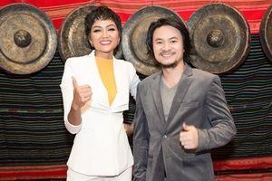 Hoa hậu H'hen Niê hào hứng với lễ hội cà phê Buôn Ma Thuột