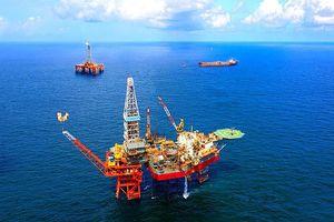 Cổ phiếu dầu khí có được… thắp sáng?