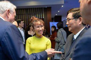 2.000 đại biểu dự diễn đàn góp ý giúp Việt Nam 'hóa hổ'
