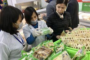 Quận Thanh Xuân 'nhắc nhở' 48 cơ sở vi phạm an toàn thực phẩm