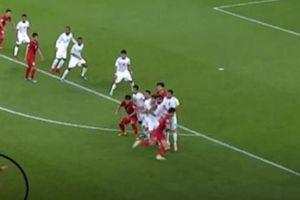 Đá phạt thần sầu, Quang Hải được báo châu Á sánh với Messi