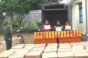 Bắt 3 đối tượng vận chuyển 1,35 tấn pháo từ Trung Quốc về Việt Nam