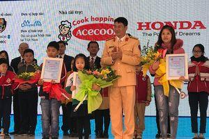 Trao giải Cuộc thi sáng tác khẩu hiệu 'Doraemon với an toàn giao thông năm 2018-2019'