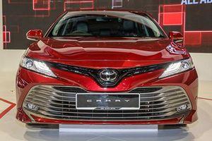 Cận cảnh sedan Toyota Camry 2019 sắp về Việt Nam