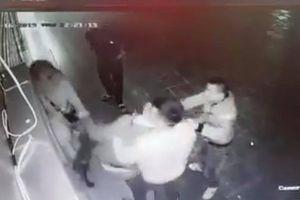Hà Nội: Cô gái bị nhóm thanh niên vô cớ đánh đập dã man