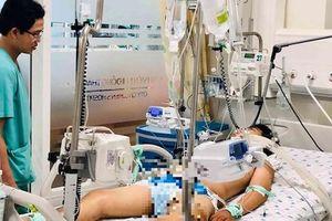 Mắc bệnh Hemophilia, cậu bé 14 tuổi 'bị muỗi đốt cũng có thể mất mạng'