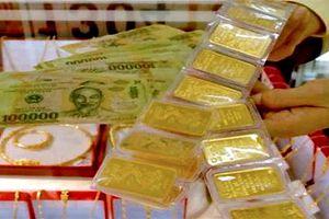 Giá vàng hôm nay 17/1: Vàng leo cao bất chấp USD tăng vọt