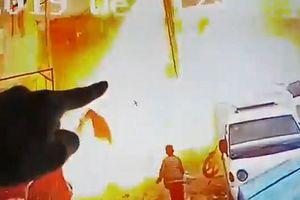 Khoảnh khắc khủng bố IS nổ bom tự sát giết chết 4 lính Mỹ