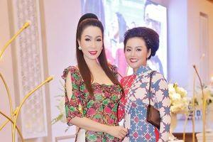 Á hậu Trịnh Kim Chi trẻ trung làm giám khảo 'Giai điệu xanh'