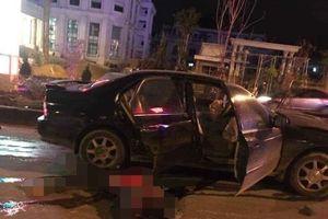 Va chạm trên đường, người đàn ông tử vong sau khi bị ô tô kéo lê