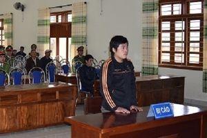 Ninh Bình: Chở pháo nổ đi bán dịp Tết, lĩnh án 18 tháng tù giam