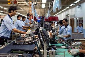 Công nghiệp điện tử khan hiếm nhân lực vì nhà máy Trung Quốc 'đổ bộ'