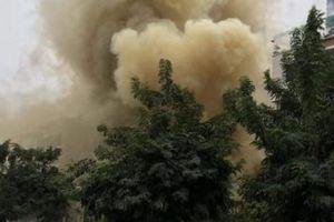 Hà Nội: Cháy lớn tại quán cafe, người dân hốt hoảng tháo chạy