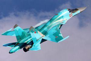 Nóng: Hai tiêm kích bom Su-34 Nga đâm nhau trên không