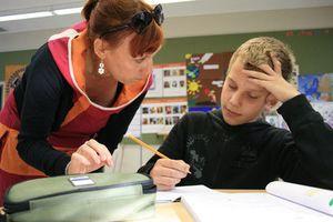 Nước nào 'hào phóng' số 1 trong đãi ngộ giáo viên?