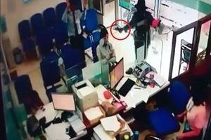 Dùng súng xông vào ngân hàng ở Quảng Ninh cướp hơn 1 tỷ đồng