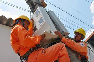 Giá điện sẽ 'đứng yên' ít nhất đến sau Tết Nguyên đán