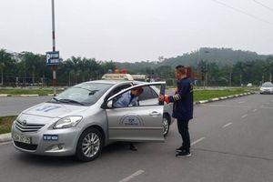 Trung tâm sát hạch lái xe lộ nhiều sai phạm khi bị kiểm tra đột xuất