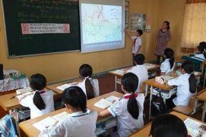 Sự vắng mặt của học sinh kém và 'vở diễn' của giáo viên giỏi