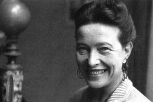 Simone De Beauvoir – Nữ quyền không chỉ là phong trào mà là một khoa học