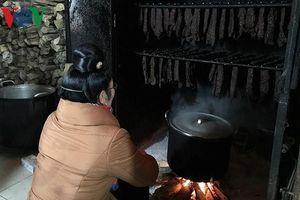 Người Thái Sơn La bật mí cách chọn các sản phẩm thịt khô