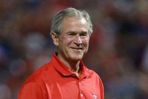 Cựu TT Bush mời pizza các mật vụ bị nợ lương vì chính phủ đóng cửa