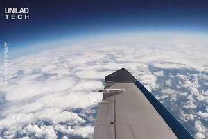 Ngắm khí quyển Trái Đất ở độ cao 19.000 m