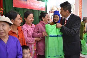 Hơn 12 tỉ đồng lo Tết cho người nghèo Bình Định