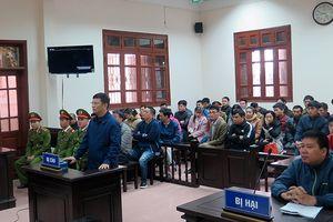 Xét xử nguyên CTV báo Pháp luật Việt Nam tội cưỡng đoạt tài sản