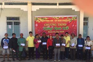 Tặng bốn mái ấm tình thương và quà Tết cho người nghèo Kon Tum
