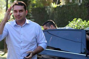 Phát hiện tiền 'lạ' được chuyển vào tài khoản con trai Tổng thống Brazil