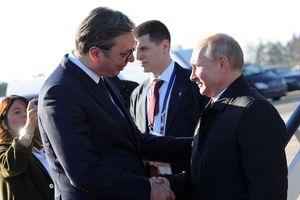 Thấy gì qua chuyến thăm Serbia của Tổng thống Nga Putin?