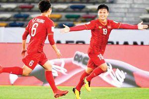 Chuyện sao bóng đá: Nguyễn Quang Hải - Đã đến lúc ra đi?